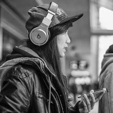 Photo: beats...  #street #streettogs #streetphotography #shootthestreet  #blackandwhite #blackandwhitephotography #bw #monochrome  #monochromeartyclub #monochromephotography