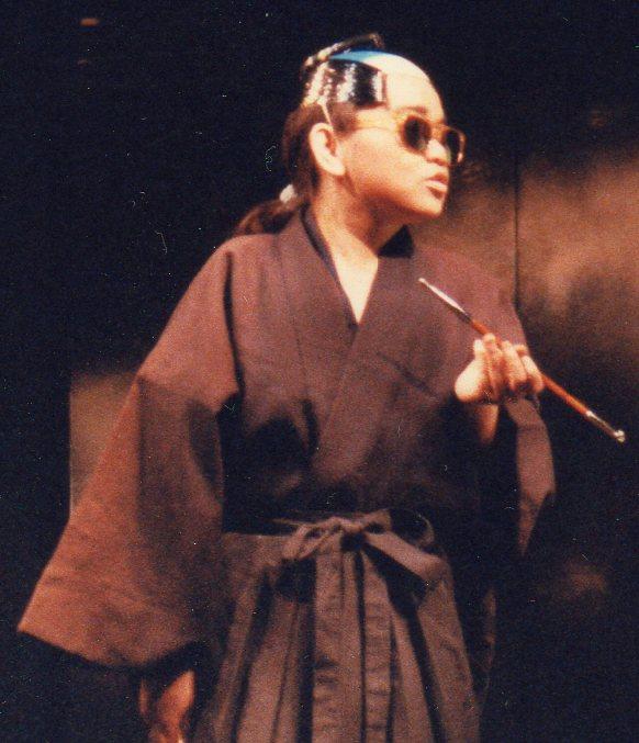 Yoko the master of Japanese Mafia. ヤクザの親分に扮した 伊藤 洋子 (1988/07 よーこ 25歳)