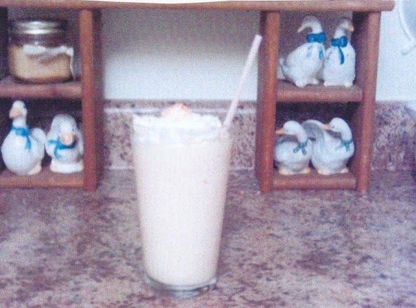 Grace's Peaches-n-cream Milk Shake Recipe