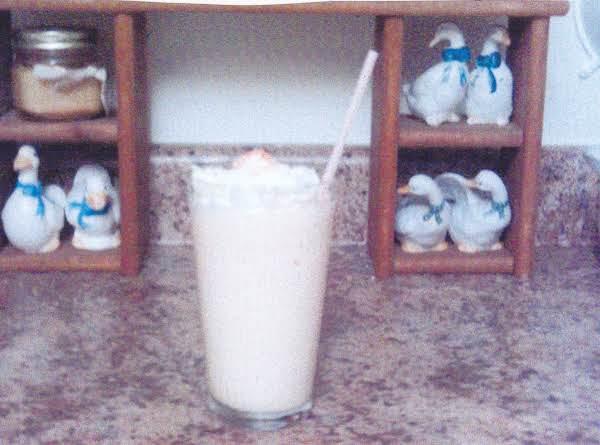 Grace's Peaches-n-cream Milk Shake