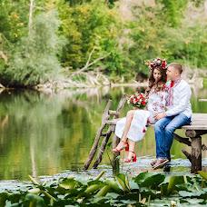 Wedding photographer Irina Bazhanova (studioDIVA). Photo of 04.09.2017