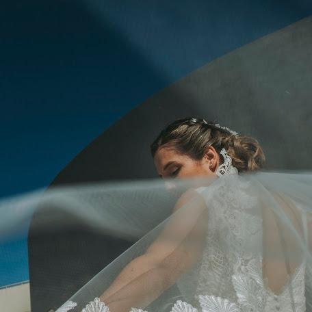 Wedding photographer Fernando Grela tuset (Fgtfotografia). Photo of 25.11.2017