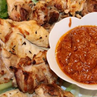 Grilled Chicken with Sateay Sauce