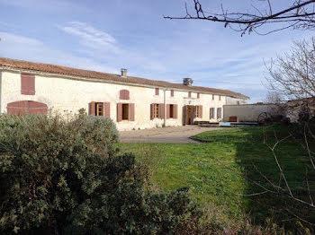 maison à Ambleville (16)
