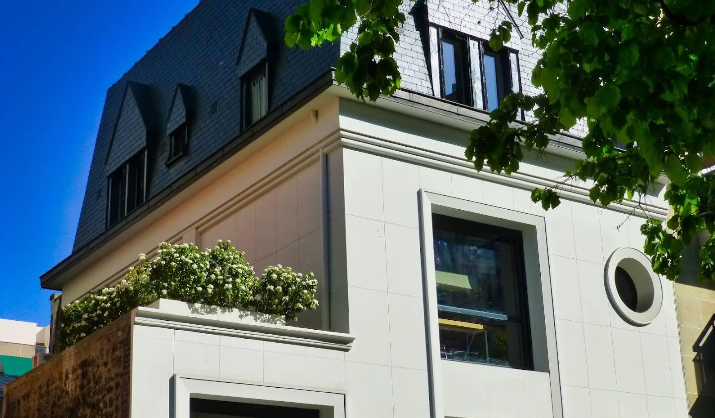 Hôtel particulier avec jardin Paris 16ème