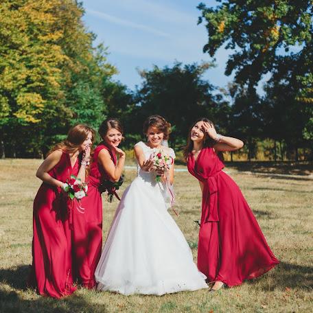 Wedding photographer Denis Denisenkov (denisenkov). Photo of 22.02.2017