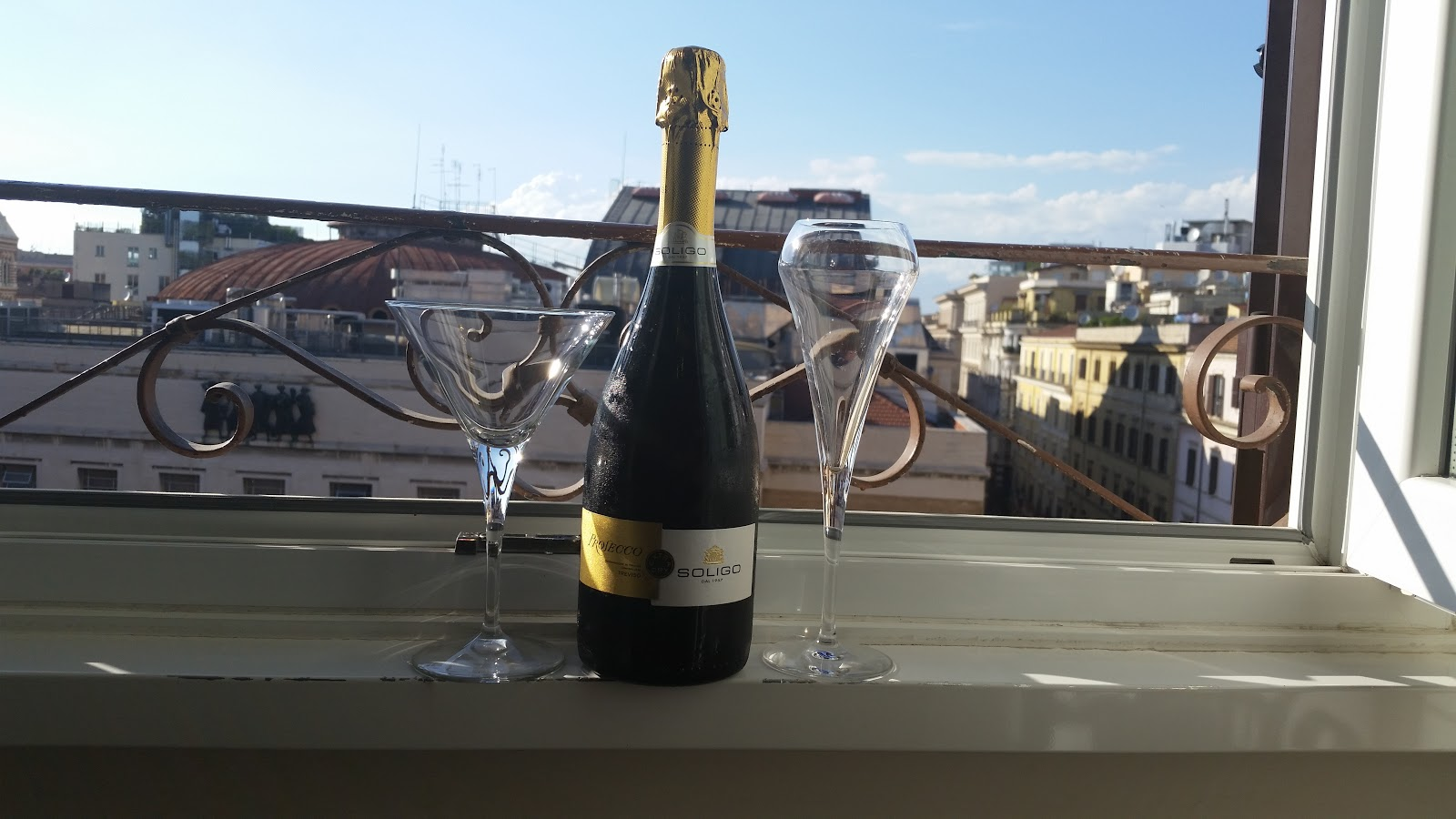 Champagne in Rome