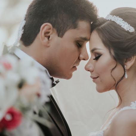 Wedding photographer Abner Paredes (abnerparedes6). Photo of 11.08.2017