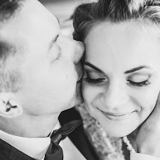 Wedding photographer Lyudmila Aleksandrova (fotopalitra). Photo of 24.12.2015