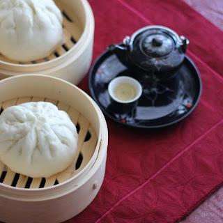 Banh Bao (Vietnamese Steamed Buns)
