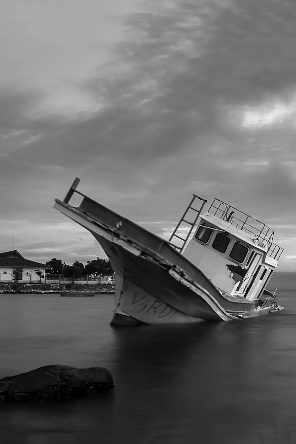 The Old Dead Life  by Edwin Prihartanto - Transportation Boats