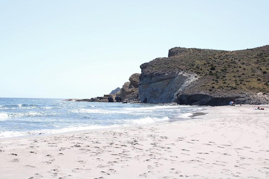 Playa de la Cala de la Media Luna.