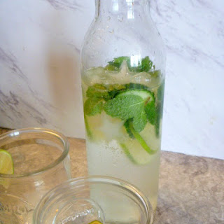 Refreshing Mint and Cucumber Sparkling Water Recipe