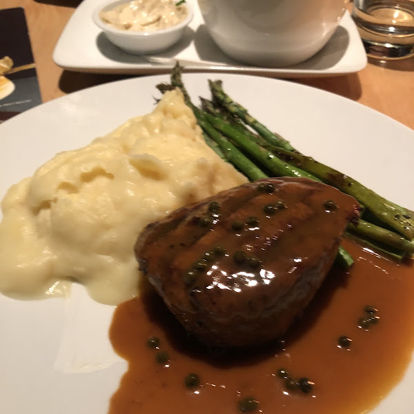 7oz steak from gf menu with the peppercorn sauce