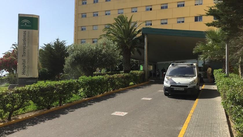 Un coche patrulla en Torrecárdenas