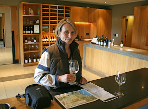 Photo: Tasting in der Wither Hills Vinary