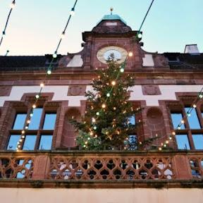 黒い森の町、ドイツ・フライブルクで開かれるノスタルジックなクリスマスマーケット