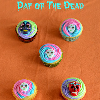 Sugar Skull Cupcakes for The Day of the Dead.
