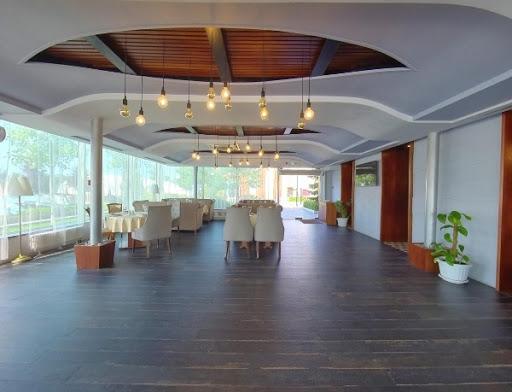 Банкетный зал «Зал «Панорамный»» для свадьбы на природе 2