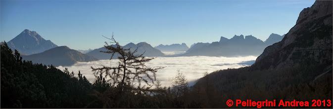 Photo: Panorama 1 verso l attacco della via, il mare di nubi sulla valle di Zoldo