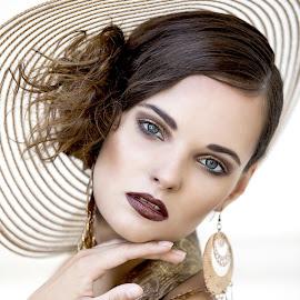 Girl in a hat by Daniel Kopečný - People Fashion