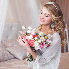 Wedding photographer Anzhelika Bogdanova (Likyshka). Photo of 02.07.2015