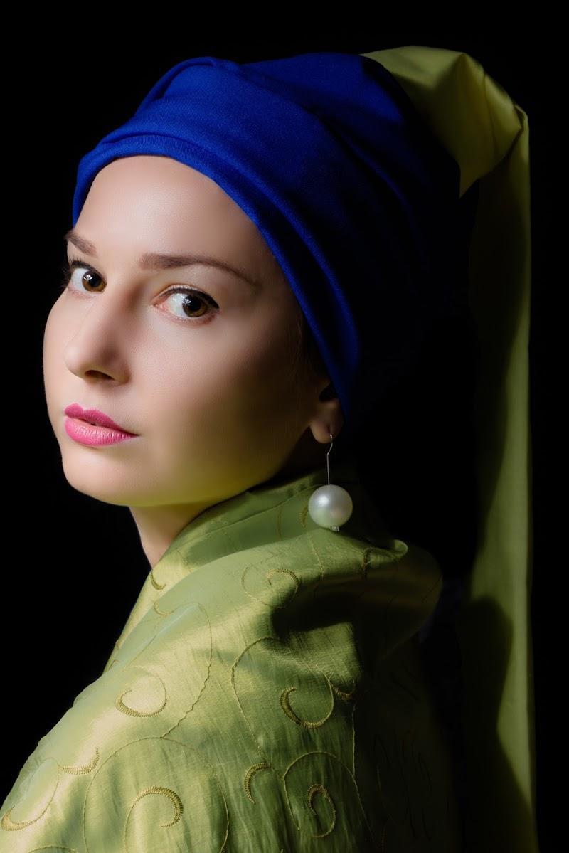 Ragazza con l'orecchino di perla versione glamour di kareas