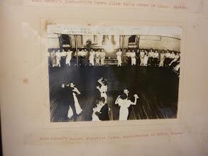 "Photo: -3/3- Alex Moore's Formation Dance, demonstrated at Tokyo, Japan ""Œ‹ž'Å""â˜I'³'ꂽƒAƒŒƒbƒNƒX¥ƒ€[ƒA'̃tƒH[ƒ[ƒVƒ‡ƒ"""