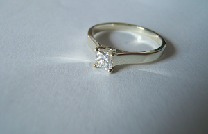 9ct white gold ring set with a gvs f colour brilliant cut .40ct diamond by helen burrell  l