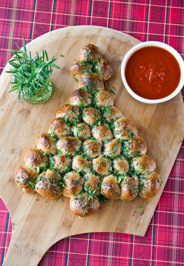 Christmas Appetizer Party Ideas Part - 24: 10 Drool-Worthy Christmas Appetizers + Bonus Beverage!