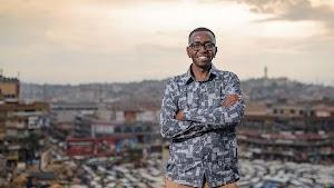 Der Mann, der es sich zur Aufgabe gemacht hat, die Luftqualität in Afrika mithilfe von KI zu verbessern
