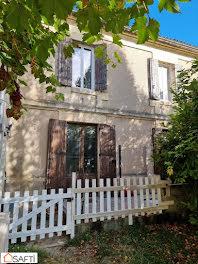 maison à Sainte-Croix-du-Mont (33)