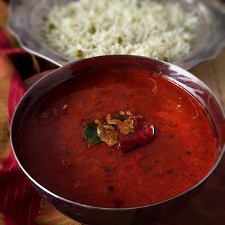 Strawberry Kara Kuzhambu | Strawberry in Hot Indian Gravy | Refreshingly New Recipe for Rice, Roti, Dosa,Idli and more | Stepwise Pictures | Vegan and Glutenfree