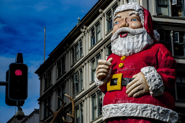 Semaforo rosso per Babbo Natale (Natale Covid-19) di Highlander