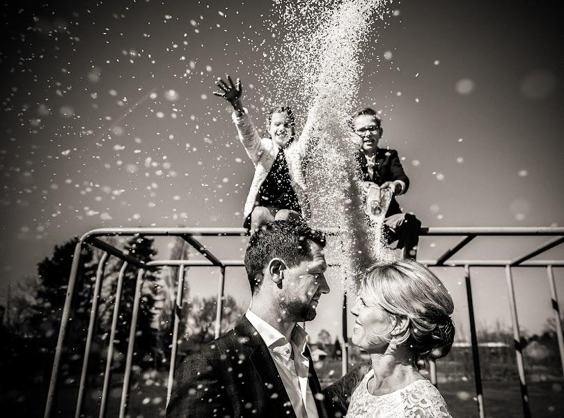 Wedding photographer Manola van Leeuwe (manolavanleeuwe). Photo of 28.03.2017