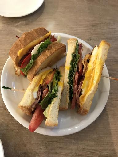 三明治好吃,咖啡好喝 服務又親切,下次還有機會再訪