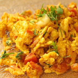 Egg Bhurji - Akuri - Spicy Scrambled Eggs Recipe