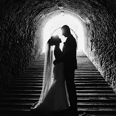 Wedding photographer Evgeniy Onischenko (OnPhoto). Photo of 01.08.2017