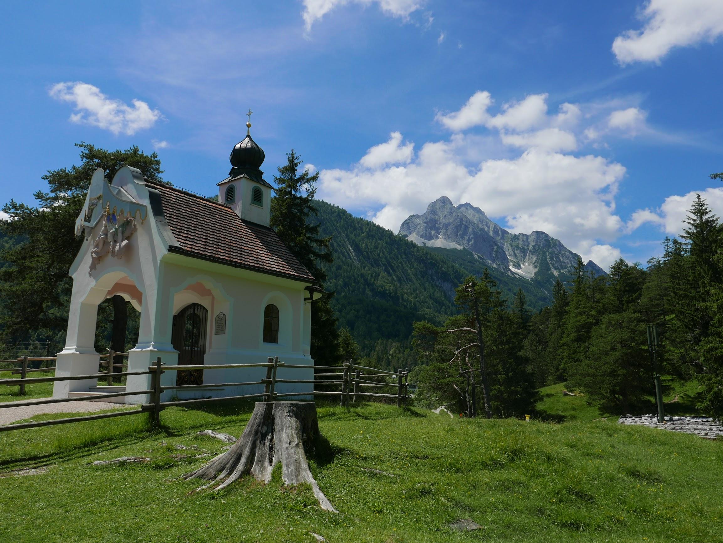 Kapelle Maria Königin, Mittenwald, Germany
