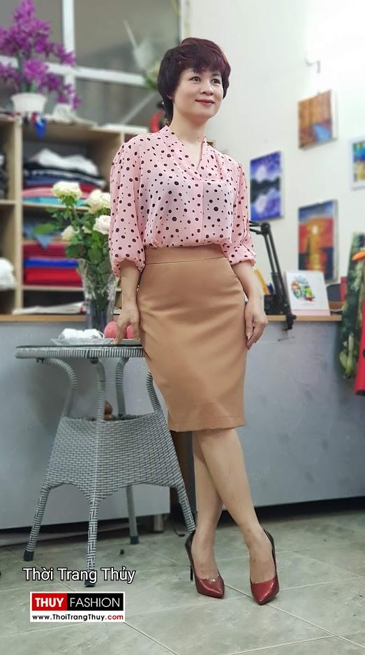 Bộ áo vest nữ áo sơ mi và chân váy công sở V697 thời trang thủy thái bình