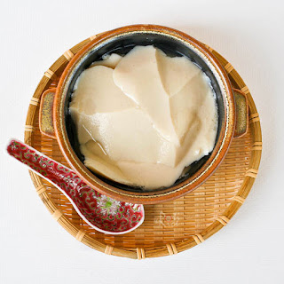 Tau Foo Fah (Soy Bean Pudding).