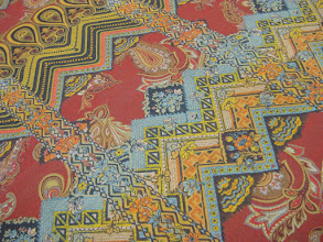 Photo: Ткань: плательная нат. шелк , ш. 130 см., цена 5200р.