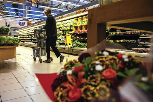 Will Pick n Pay CEO lose 1-million of his share options?