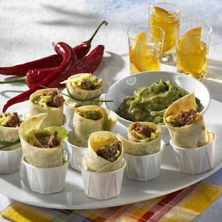Mini Beef Wraps with Guacamole