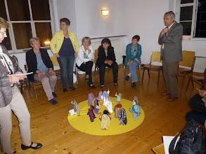 Photo: Im Meditationsraum wird über Bibelfiguren nachgedacht.