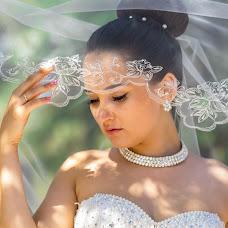 Wedding photographer Stanislav Storozhenko (Stanislavart). Photo of 16.10.2015