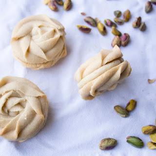 Pistachio and Mascarpone Cream Viennese Sandwiches Recipe