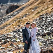 Wedding photographer Vladimir Amangaliev (Pavv). Photo of 24.09.2014