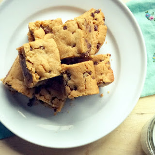 Chewy Chocolate Peanut Butter Cookie Bars