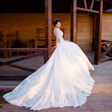 Wedding photographer Viktoriya Dedina (Dedina). Photo of 13.04.2015